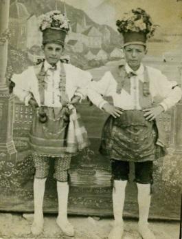 Danzantes_1927
