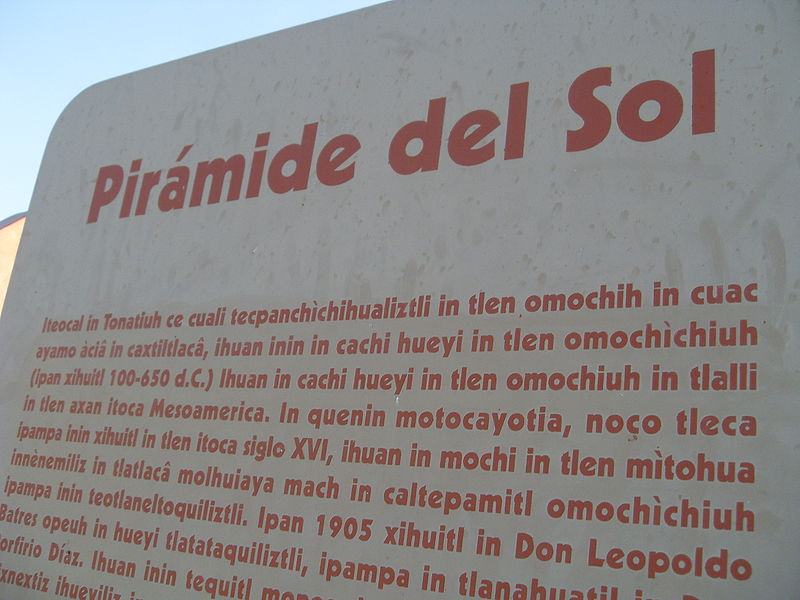 Texto escrito en lengua náhuatl